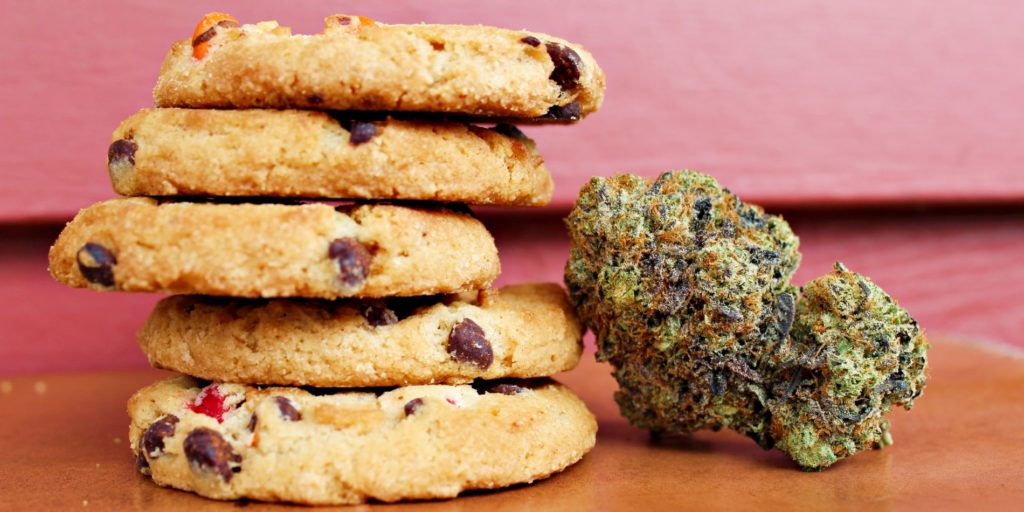 cannabis infused cookie edibles